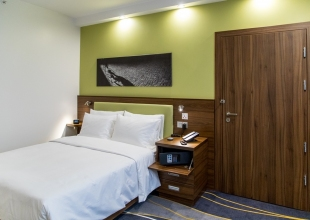 Hotel_-8