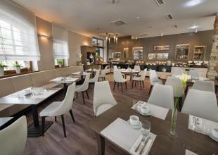 Restaurants_D_-1